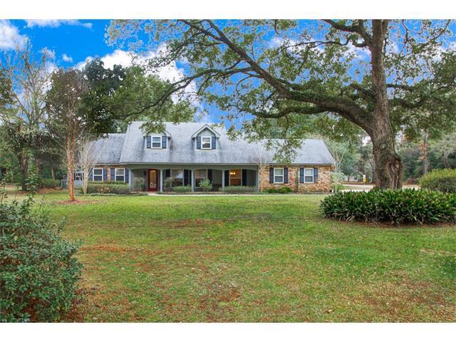 101 Pine Drive, Covington, LA 70433 (MLS #2136386) :: Turner Real Estate Group