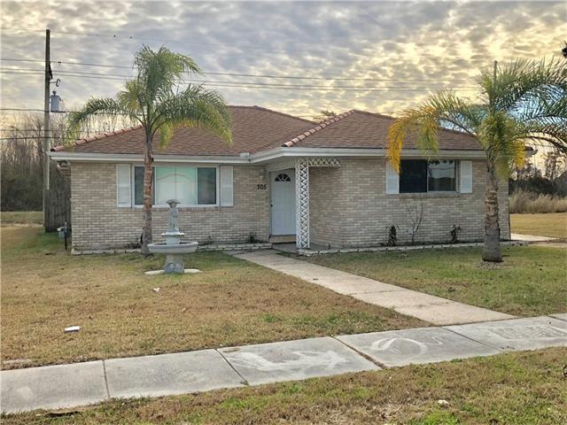 705 Cougar Drive, Arabi, LA 70032 (MLS #2137059) :: The Robin Group of Keller Williams