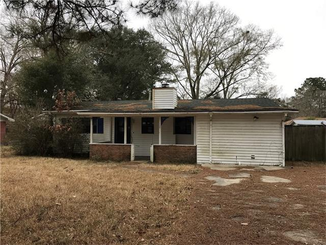135 Manor Drive, Ponchatoula, LA 70454 (MLS #2138854) :: Turner Real Estate Group