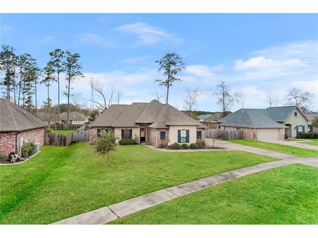 225 Grand Oaks Drive, Madisonville, LA 70447 (MLS #2138940) :: Turner Real Estate Group