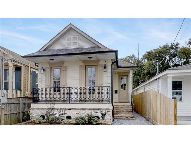 7608 Hurst Street, New Orleans, LA 70118 (MLS #2139349) :: Parkway Realty