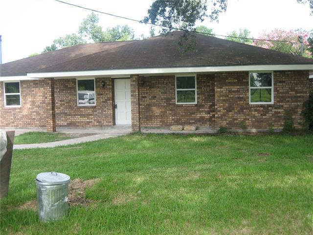 404 Barton Avenue, Luling, LA 70070 (MLS #2140163) :: Turner Real Estate Group
