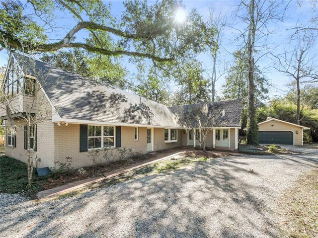 139 Magnolia Street, Mandeville, LA 70448 (MLS #2141054) :: Turner Real Estate Group