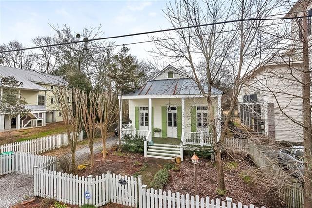 133 Carroll Street, Mandeville, LA 70448 (MLS #2141317) :: Turner Real Estate Group