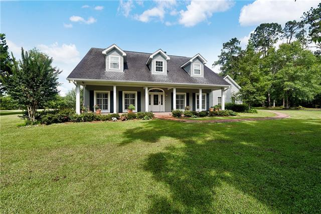 8 Green Hills Drive, Covington, LA 70435 (MLS #2141486) :: Turner Real Estate Group