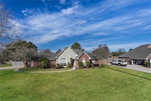 118 Belington Avenue, Madisonville, LA 70447 (MLS #2141752) :: Turner Real Estate Group