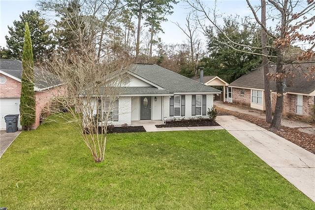 605 Bon Temps Roule Drive, Mandeville, LA 70471 (MLS #2141814) :: Turner Real Estate Group