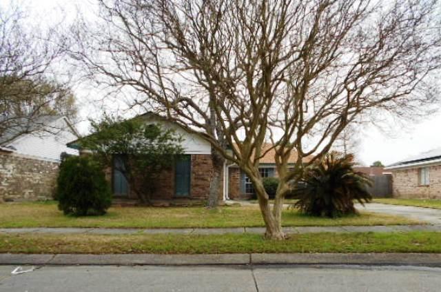 2101 Sugarloaf Drive, Harvey, LA 70058 (MLS #2141830) :: Turner Real Estate Group