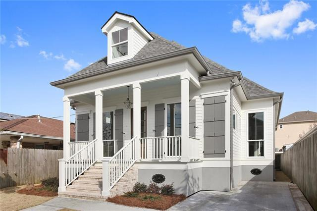 6409 Center Street, New Orleans, LA 70124 (MLS #2141839) :: The Robin Group of Keller Williams