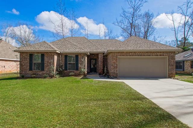 227 Deval Drive, Mandeville, LA 70471 (MLS #2142121) :: Turner Real Estate Group