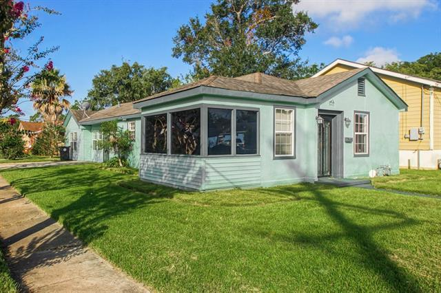 8502 Palm Street, New Orleans, LA 70118 (MLS #2142205) :: Turner Real Estate Group