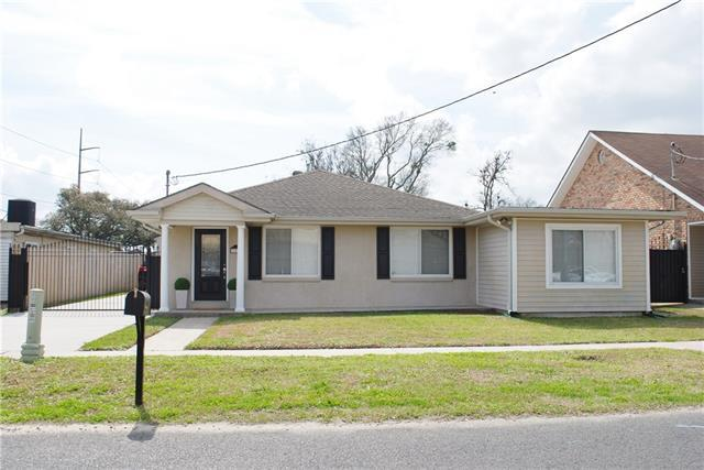 302 W Prosper Street, Chalmette, LA 70043 (MLS #2142250) :: The Robin Group of Keller Williams