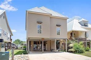 32870 Rivergate Circle, Springfield, LA 70462 (MLS #2142341) :: Turner Real Estate Group