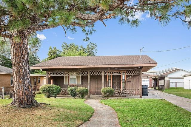6077 Kuebel Drive, New Orleans, LA 70126 (MLS #2142460) :: Crescent City Living LLC