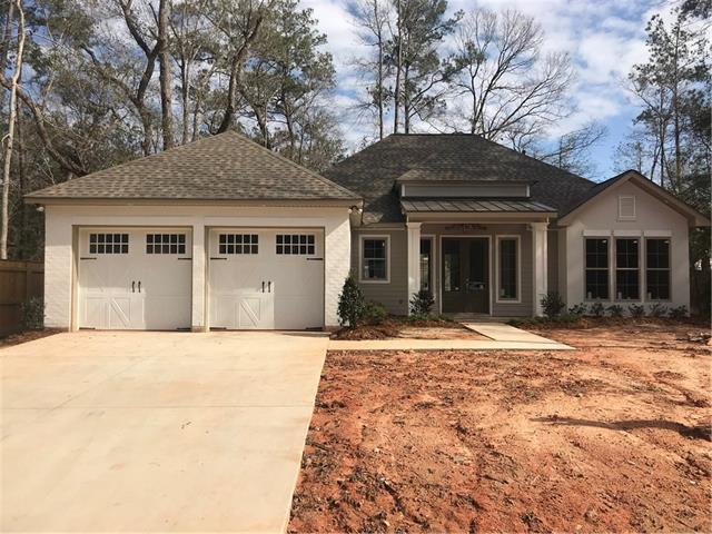 4136 Cypress Point Drive, Covington, LA 70433 (MLS #2142469) :: Turner Real Estate Group