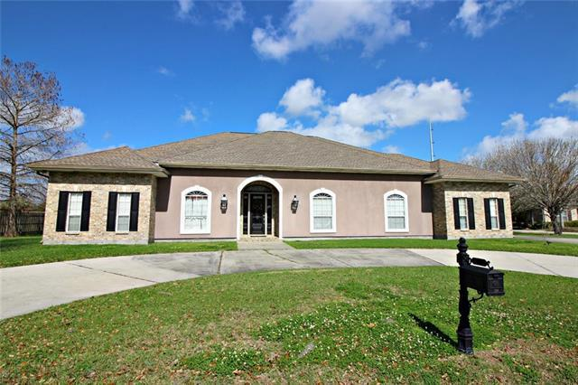 120 Regina Drive, Belle Chasse, LA 70037 (MLS #2143098) :: Turner Real Estate Group