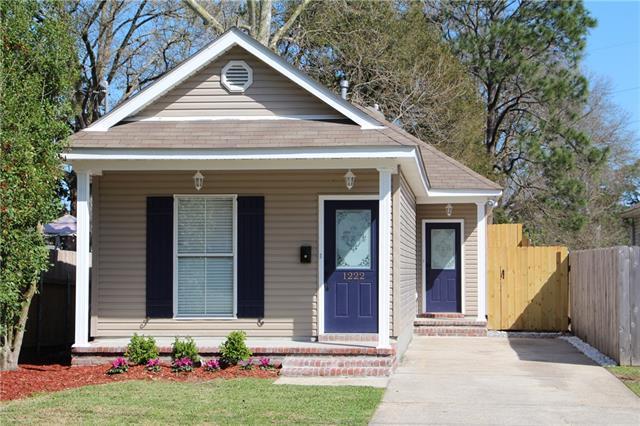 1222 Franklin Avenue, Gretna, LA 70053 (MLS #2143563) :: Crescent City Living LLC