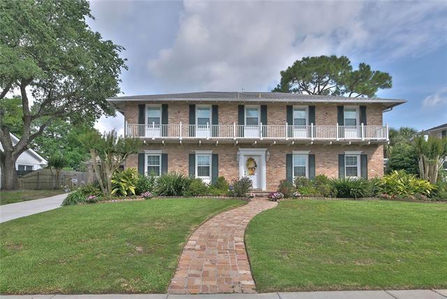 1621 Leon C Simon Drive, New Orleans, LA 70122 (MLS #2143955) :: Turner Real Estate Group