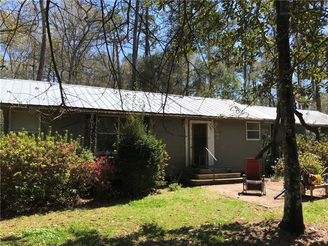 72236 Martin Lane, Abita Springs, LA 70420 (MLS #2145809) :: Watermark Realty LLC