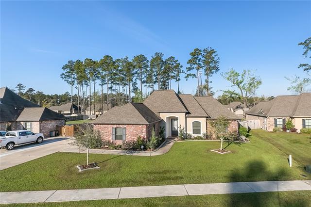 221 Grand Oaks Drive, Madisonville, LA 70447 (MLS #2146245) :: Turner Real Estate Group