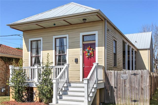 6215 Dauphine Street, New Orleans, LA 70117 (MLS #2146306) :: Crescent City Living LLC
