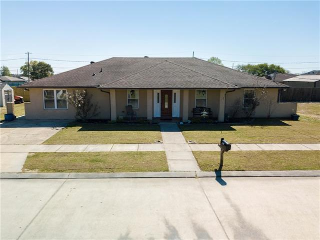3613 Pecan Drive, Chalmette, LA 70043 (MLS #2146313) :: Amanda Miller Realty