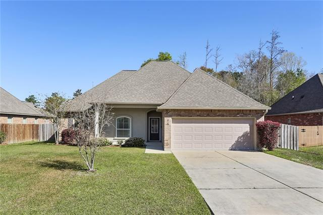 819 Woodsprings Court, Covington, LA 70433 (MLS #2146408) :: Watermark Realty LLC