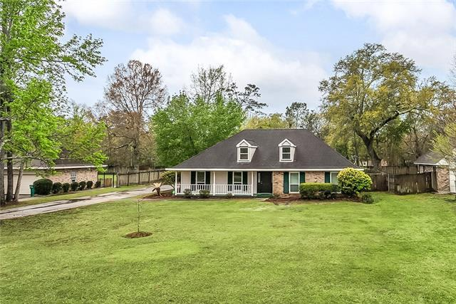 127 Golden Pheasant Drive, Slidell, LA 70461 (MLS #2146491) :: Crescent City Living LLC