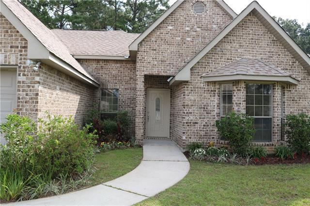 200 Highland Oaks North Drive, Madisonville, LA 70447 (MLS #2147125) :: Turner Real Estate Group