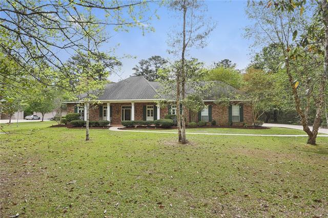 1013 Parkpoint Drive, Slidell, LA 70461 (MLS #2147526) :: The Robin Group of Keller Williams