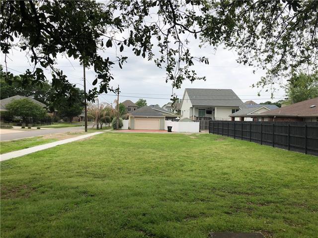 6800 Colbert Street, New Orleans, LA 70124 (MLS #2147959) :: Barrios Real Estate Group