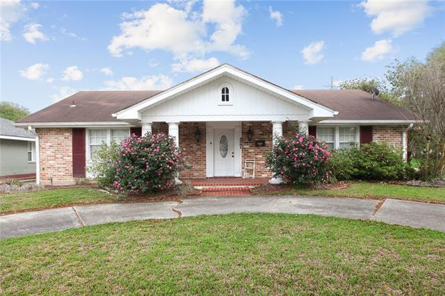 5501 Chatham Drive, New Orleans, LA 70122 (MLS #2148043) :: Turner Real Estate Group