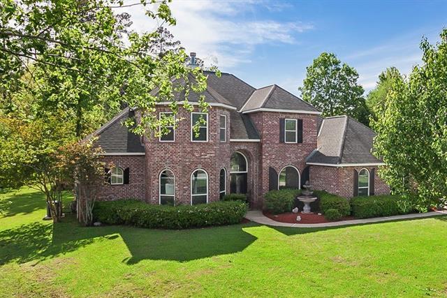 120 Butternut Lane, Mandeville, LA 70448 (MLS #2148646) :: Turner Real Estate Group