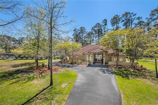 46 Pinecrest Drive, Covington, LA 70433 (MLS #2148738) :: Turner Real Estate Group