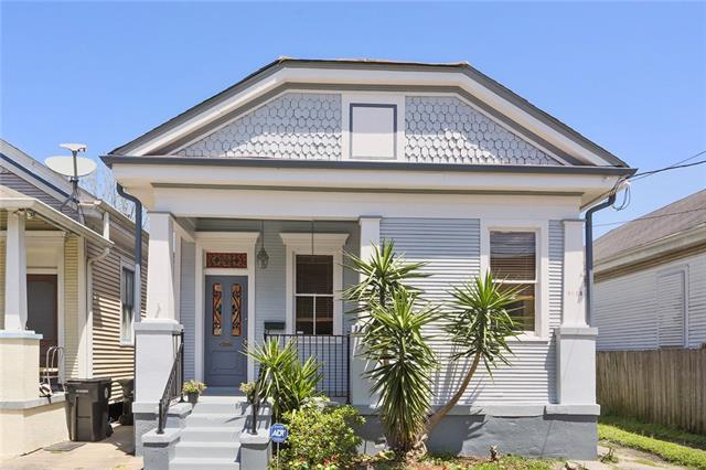 3913 Toulouse Street, New Orleans, LA 70119 (MLS #2149414) :: Crescent City Living LLC