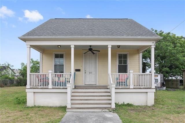 823 Tricou St Street, New Orleans, LA 70117 (MLS #2149635) :: Barrios Real Estate Group
