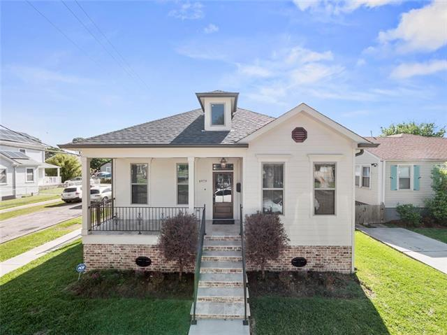 4979 Marigny Street, New Orleans, LA 70122 (MLS #2150319) :: Crescent City Living LLC