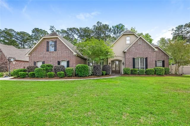 224 Delta Drive, Mandeville, LA 70448 (MLS #2150813) :: Turner Real Estate Group