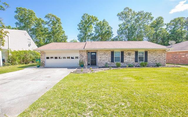 151 Fountain Drive, Slidell, LA 70458 (MLS #2150874) :: Parkway Realty
