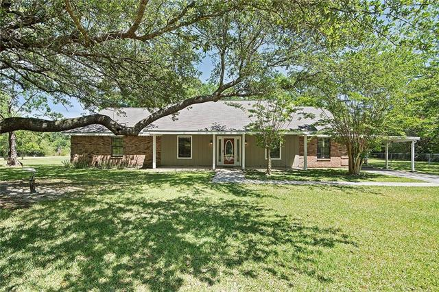120 Stallion Run, Pearl River, LA 70452 (MLS #2150895) :: The Robin Group of Keller Williams