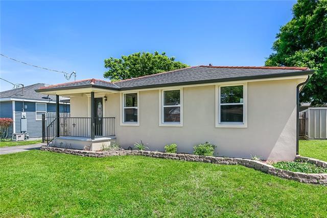 2233 Lyndell Drive, Chalmette, LA 70043 (MLS #2150942) :: Amanda Miller Realty