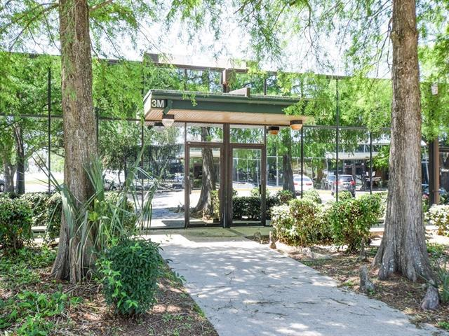 10555 Lake Forest Boulevard 3M, New Orleans, LA 70127 (MLS #2151266) :: Barrios Real Estate Group
