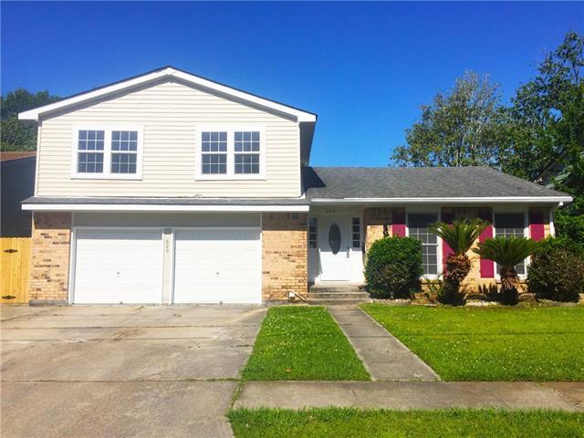 620 Oakwood Drive, Terrytown, LA 70056 (MLS #2151281) :: Crescent City Living LLC