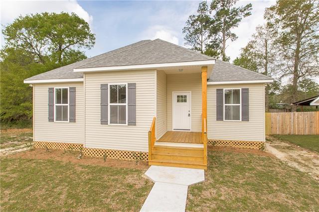 61455 Elizabeth Street, Lacombe, LA 70445 (MLS #2151289) :: Turner Real Estate Group