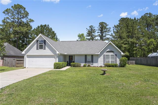 106 Lazy Creek Drive, Mandeville, LA 70471 (MLS #2151382) :: Parkway Realty