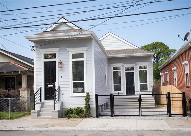 1808 Spain Street, New Orleans, LA 70117 (MLS #2151428) :: The Robin Group of Keller Williams