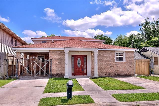 4335 Cartier Avenue, New Orleans, LA 70122 (MLS #2151440) :: Barrios Real Estate Group