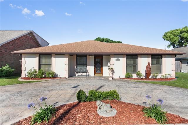 4612 Alexander Drive, Metairie, LA 70003 (MLS #2151470) :: The Robin Group of Keller Williams
