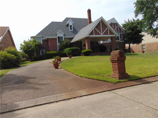 65 Chateau Magdelaine Drive, Kenner, LA 70065 (MLS #2151666) :: Parkway Realty