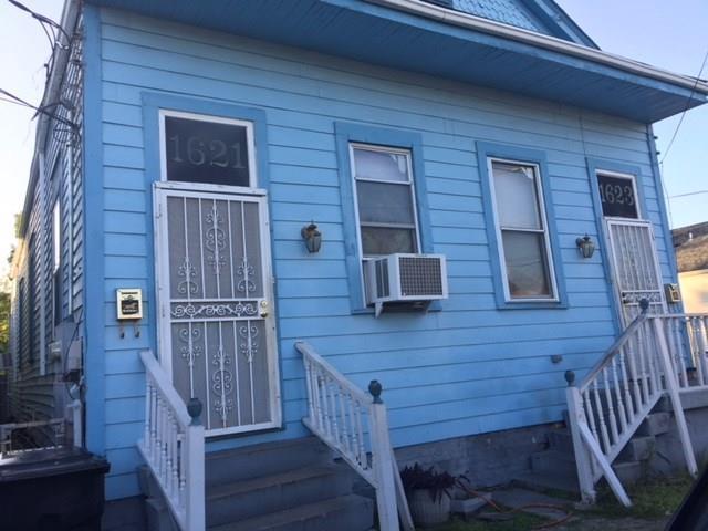 1621 Rocheblave Street, New Orleans, LA 70119 (MLS #2151706) :: Barrios Real Estate Group